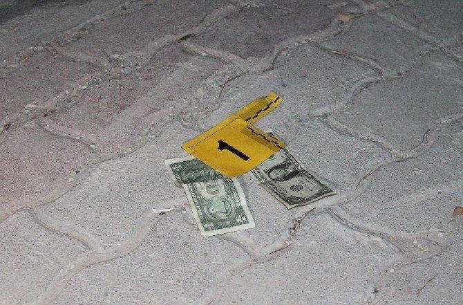 Konya'da çöpte iki adet 1 dolar bulundu