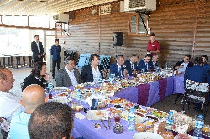 """""""AK Parti var oldukça Efkan Ala her zaman ön planda olacaktır"""""""