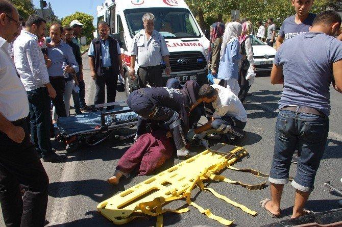 Elektrikli bisikletin çarptı Suriyeli bayan yaralandı