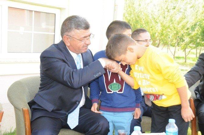 Başkan Akdoğan Kurban Bayramı'nı da halkla iç içe geçirdi