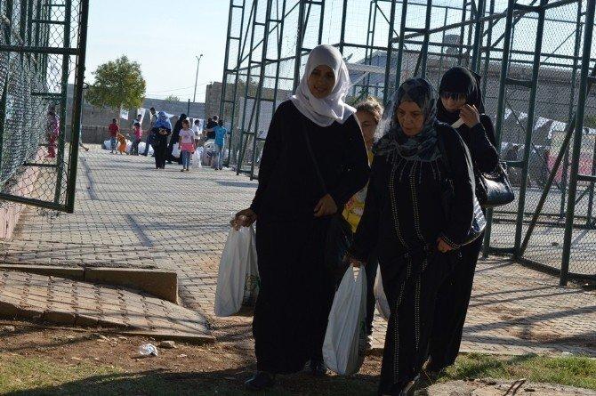 Şanlıurfa'da 3 bin 100 aileye kurban eti ve bayramlık elbise