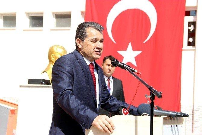 Eskişehir'de 132 bin öğrenciyle ilk ders zili çaldı
