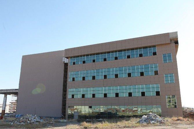 Adıyaman Üniversitesi Teknik MYO'nun yüzde 88'i tamamlandı