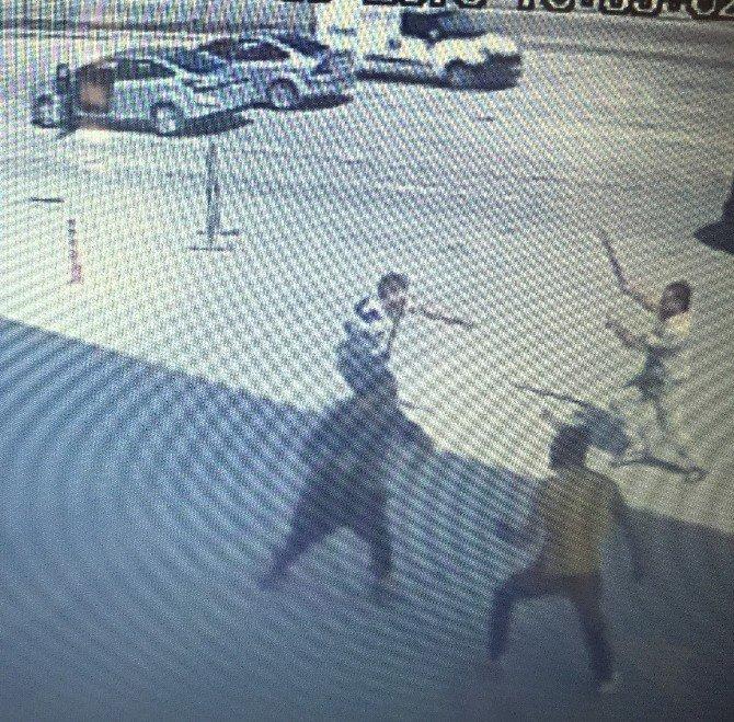 Bıçaklandıktan sonra otomobil sürdü, kan kaybından öldü