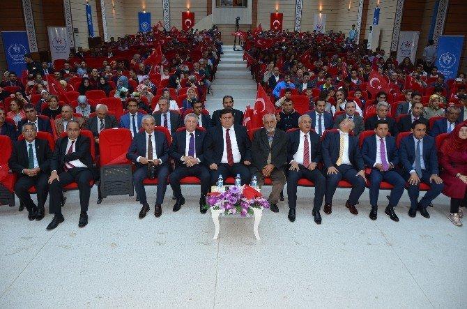 Demokrasi kahramanları Erzincanlılar ile buluştu