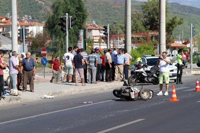 Tırın Çaptığı Motosiklet Sürücüsü Hayatını Kaybetti