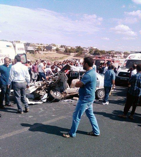 Viranşehir'de feci kaza: 2 ölü, 5 yaralı