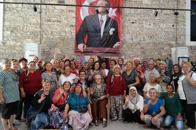 Urla'da üreten kadınlar mutlu