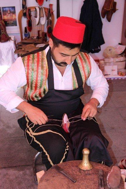 850 yıllık Osmanlı Çarıkları en çok film çekimlerinde tercih ediliyor