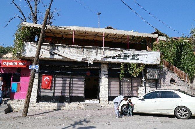Başkent'te bıçaklı kavga: 1'i ağır 2 yaralı