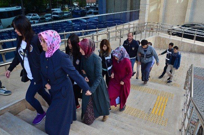 Zonguldak'ta FETÖ soruşması: 6 gözaltı