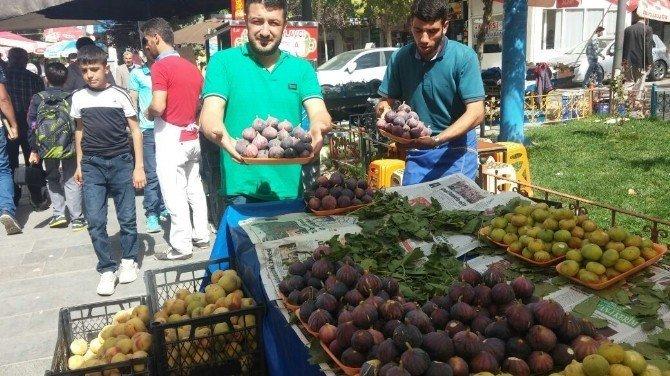 Siirt'in yerli inciri piyasada rağbet görüyor