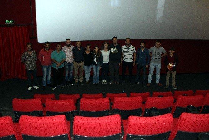 Manisalı basın mensupları sinemada buluştu