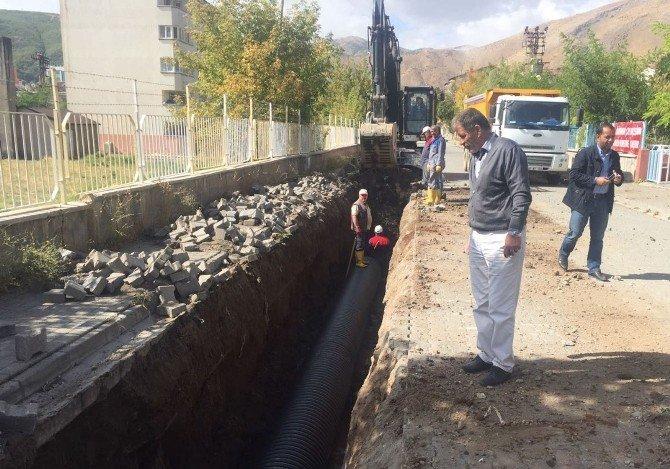 Tatvan'da sel ve su baskınlarına karşı önlem alınıyor