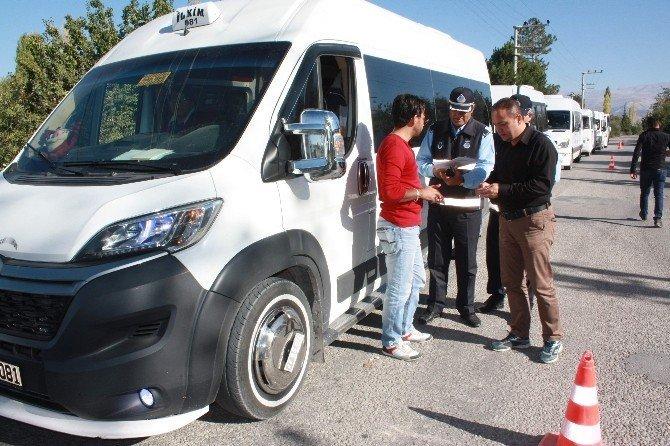 Ereğli'de servis minibüsleri denetlendi
