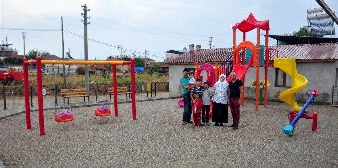 Hayırsever ve belediyenin işbirliği çocukları sevindirdi