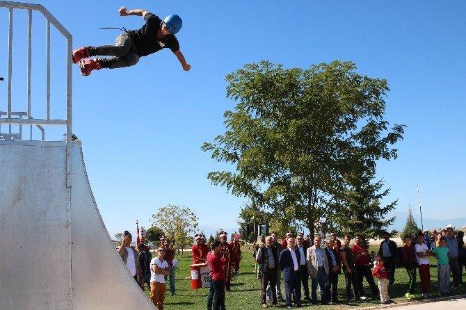 Beyşehir'de Skate Park, akrobasi gösterileriyle tanıtıldı