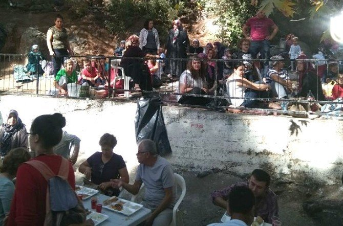 Edremit'te 'Dedepınarı' hayırı