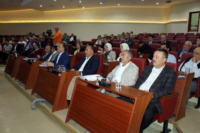 Yalova Belediyesi, SGK borçlarına karşılık esnaf sarayını verecek