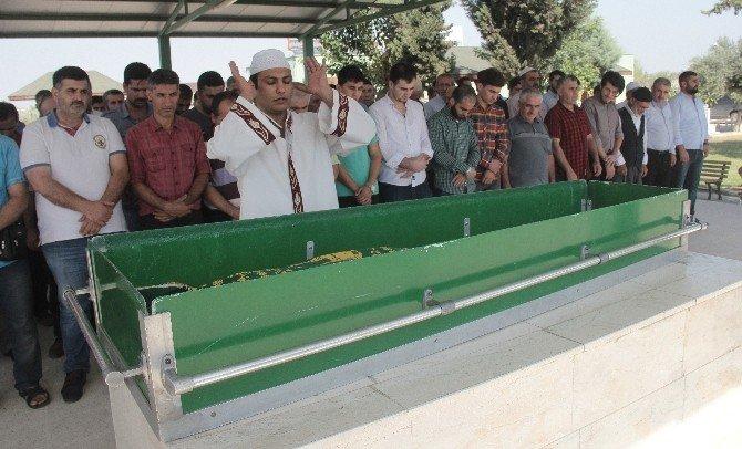 Adana'daki feci kazada 2 kızını kaybeden baba isyan etti
