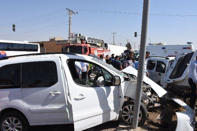 Nusaybin'de trafik kazası: 1 ölü, 4 yaralı