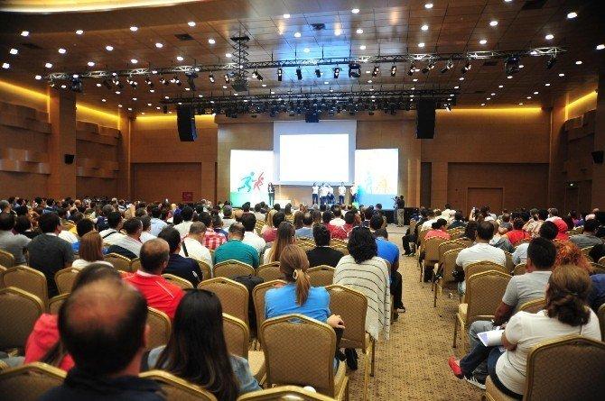 Antalya'nın en büyük kongre merkezi açıldı