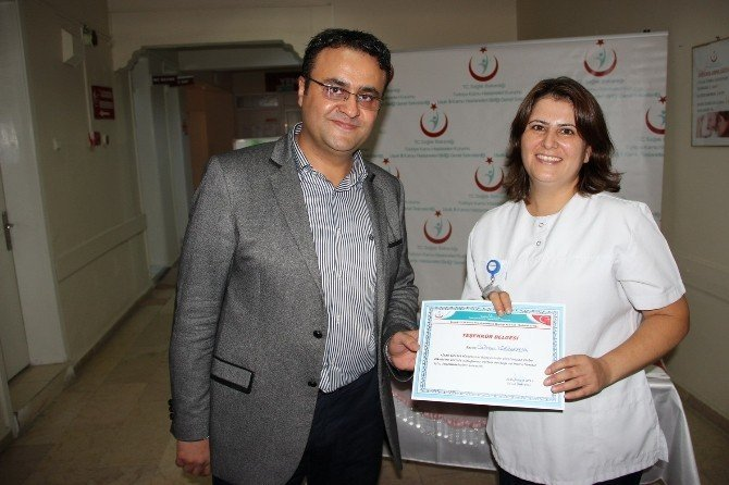 Uşak Devlet Hastanesi'nde 'Anne Sütü' etkinliği