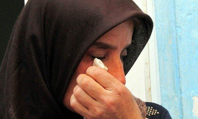 8 yıldır kayıp kızını aramaktan vazgeçmedi