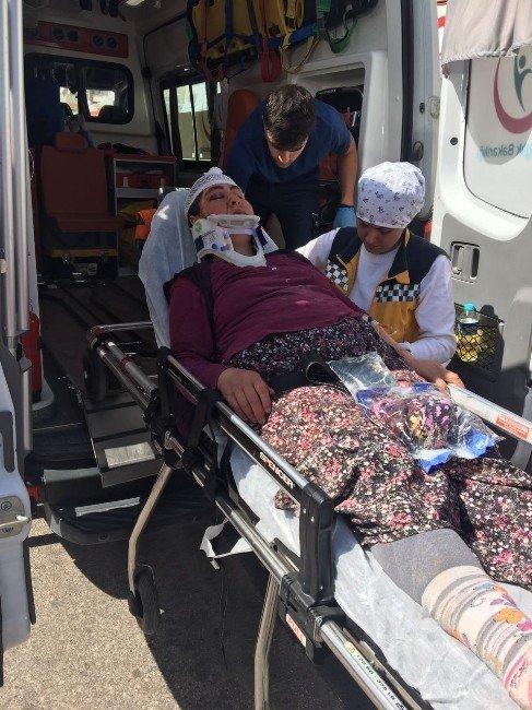 Traktörden düşen kadın yaralandı
