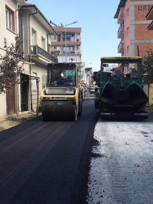 Germencik sokakları sıcak asfalt ile yenileniyor