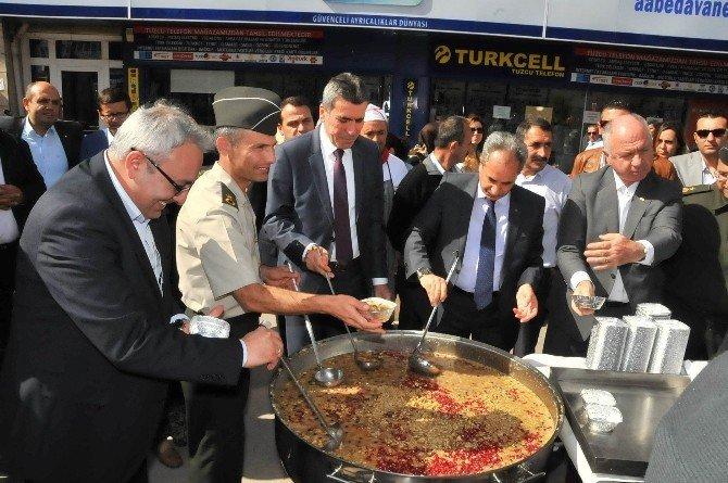 Akşehir Belediyesi'nden aşure ikramı