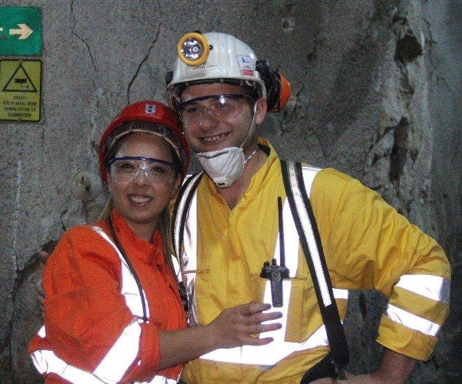 Madenci eşlerinden kocalarına yerin 600 metre altında sürpriz