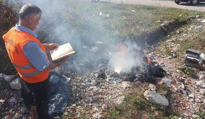 Yıkılan binadan FETÖ kitapları çıktı