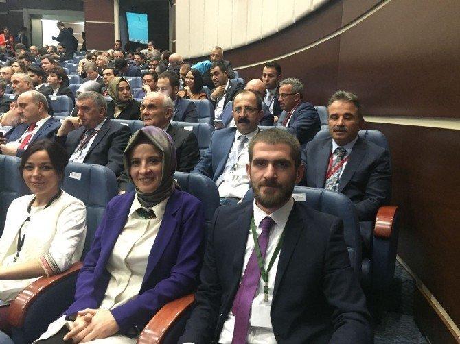 """Yılmaz: """"AK Parti'nin ak kadroları ile birlikteyiz"""""""