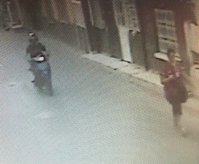 Kuru kafa figürlü motosiklet kapkaççıyı yakalattı