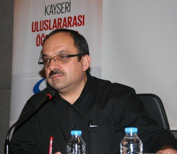 """Yazar Mehmet Ayman: """"Ahlak, duyguları dengede tutmaktır"""""""