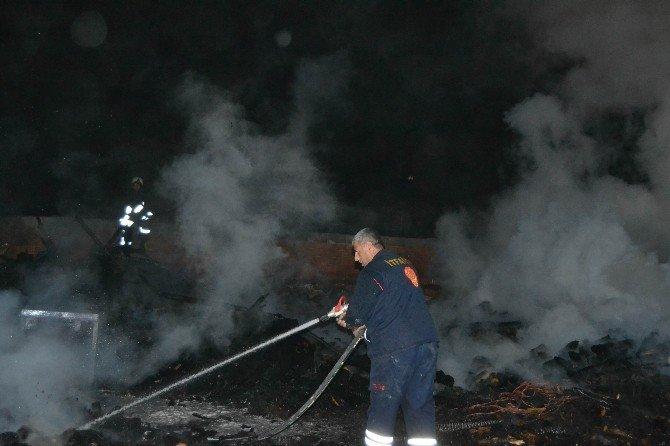 Kulu'da odun dükkanında yangın