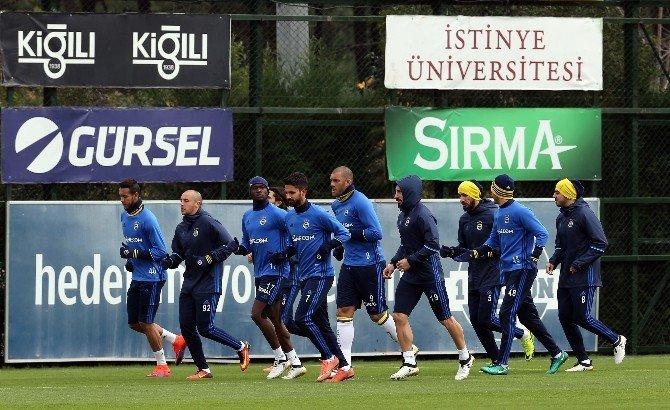 Fenerbahçe'de derbi hazırlıkları devam ediyor