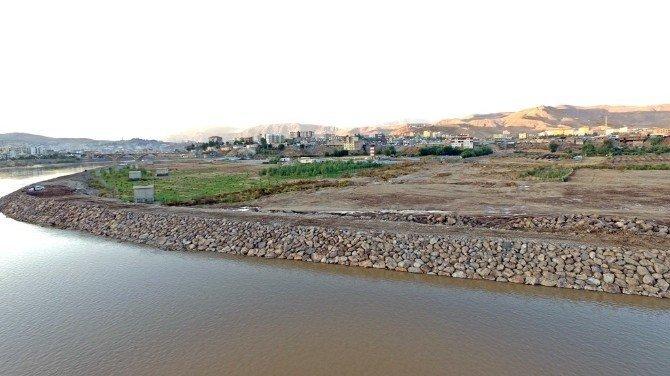Dicle Nehri Islah Projesi Hayata geçiriliyor