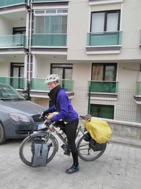 İngiliz kadın bisikletiyle dünya turunda