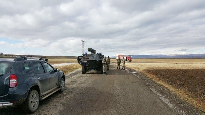 Muş'ta bomba yüklü araç infilak etti