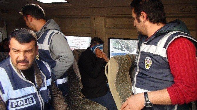1,5 milyon dolarlık gaspın zanlıları polis çıktı