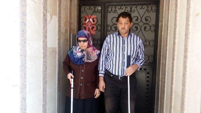 Görme engelli çiftin ev isteği