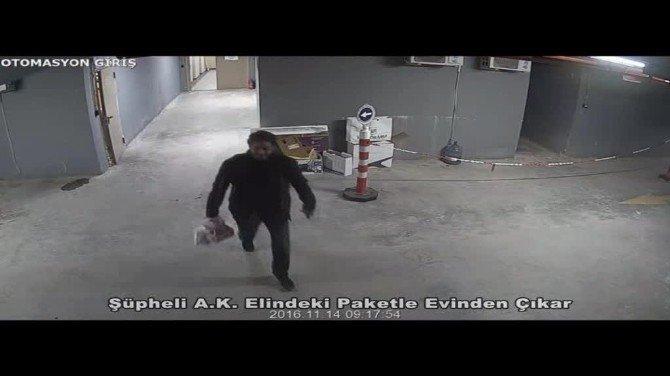 Babasına bombalı paket gönderen zanlı kamerada