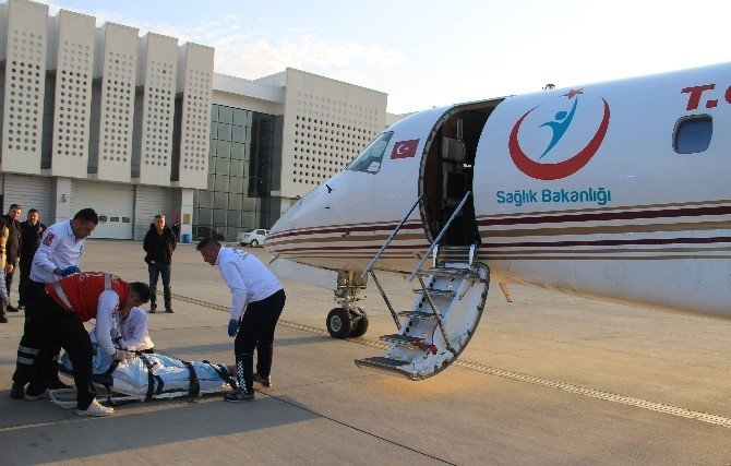 Rahatsızlanan emekli inşaat ustası için ambulans uçak gönderildi