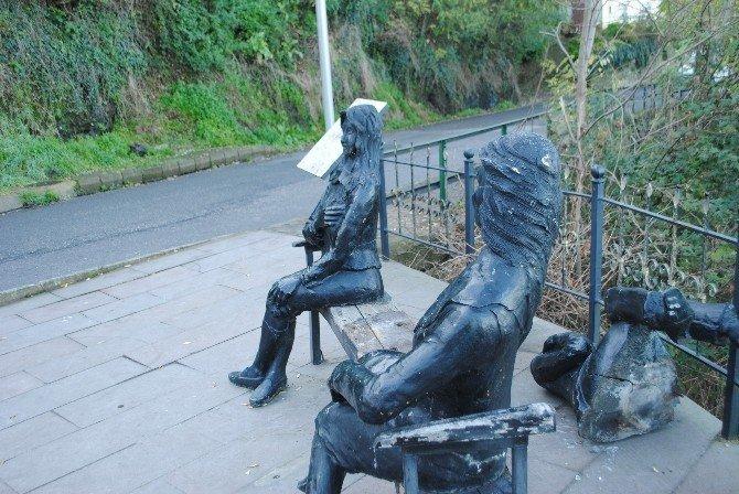 Tahrip edilen heykeller yeniden yapılacak