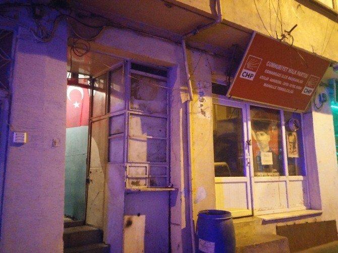 Bursa'da genç kadın, eşini çocuğunun gözü önünde öldürdü