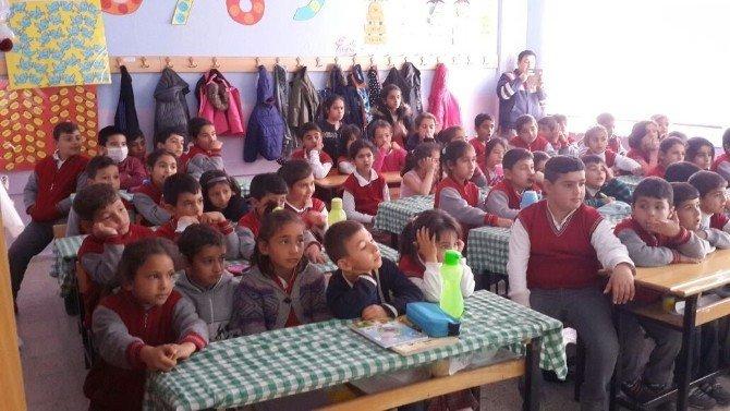 Kulu'da jandarmadan okul öğrencilerine trafik eğitimi
