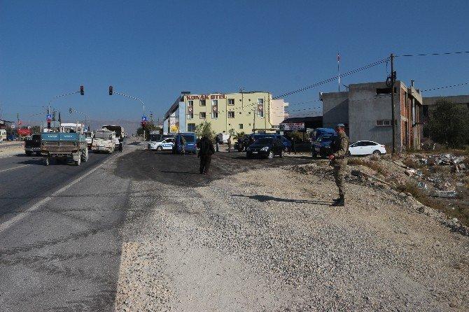 Mut'ta 'bombalı araç' alarmı