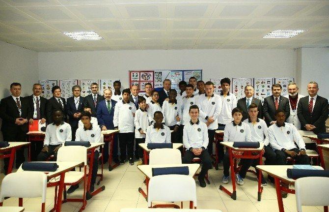 Cumhurbaşkanı Erdoğan, lise öğrencileriyle buluştu